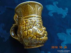 """Macskakirály""Figurális majolika-korsó-13,5 cm"