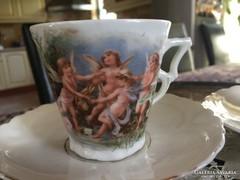 Szép kiöntő,  csészékkel