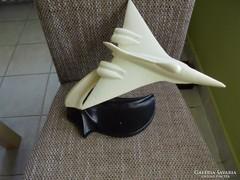 Zománcos fém repülős asztali dísz