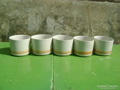 Öt darab teás csésze