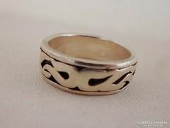 Szép régvésett ezüst uniszex karikagyűrű