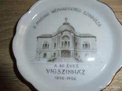 Herendi porcelán tálka:A Magyar Néphadsereg Színháza felirat