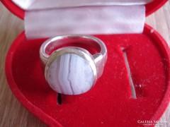 Antik ezüst gyűrű aragonit köves
