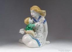 0M638 Anya gyermekével porcelán figura 16.5 cm
