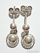 Két gömbös ezüst fülbevaló