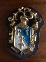Nagyon szép faragású régi fa címer
