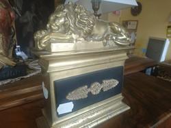 Bronz oroszlán asztali dísz
