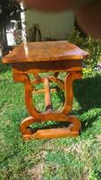 Csodás eredeti  biedermeier asztal a XIX.sz-ból