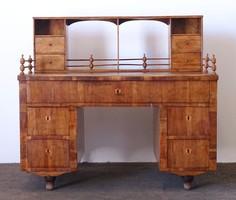 0N315 Antik térbe helyezhető Biedermeier íróasztal