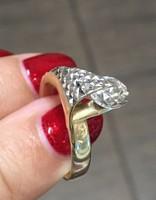 14 karátos extravagáns köves arany gyűrű