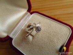 Szecessziós ezüst gyűrű  18,2 mm átmérővel