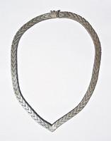 41,5 cm. hosszú vastagabb ezüstlánc