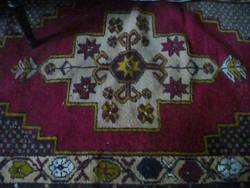 Nomád iráni kézi csomózású szőnyeg 100x180-as