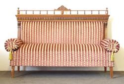 0N893 Újrakárpitozott ónémet kanapé