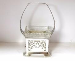 Osztrák ezüst kínáló kosár üvegbetéttel.