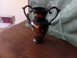 Fekete réz váza