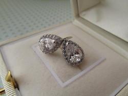 Csepp alakú cirkonia köves ezüst fülbevaló - szép!