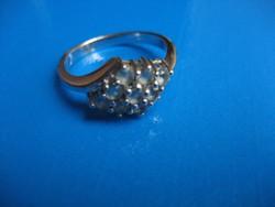 Fehérarany gyűrű tanzanit kövekkel