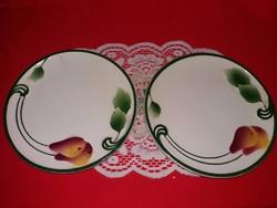 Antik domború körte leveles gyümölcs mintás kerámia majolika fali tányérpár EGYBE 18 cm átmérő / db