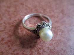 Tenyésztett gyöngy - markazit ezüst gyűrű