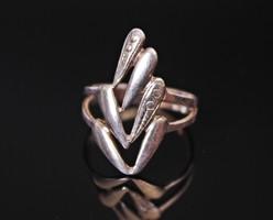Különleges, ezüst női gyűrű
