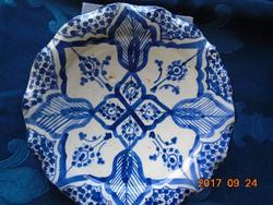 Marokkói -szignós-antik-kobaltkékkel festett kerámia falitál-hullámos széllel-20 cm
