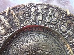 Keleti Réztálka  teljes felületén vésett díszítéssel antik