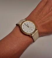 Szép Annex svájci  dátumkijelzős női óra