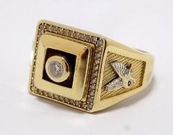 Arany férfi pecsétgyűrű (ZAL-AU67145)