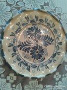 Korondi fodros szélű fali tányér