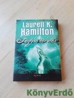 Laurell K. Hamilton: Fagyos érintés
