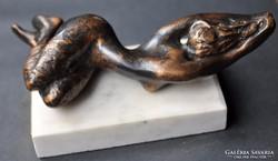 Ebredes bronze szobor