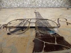 Szemüveg keret fém