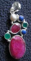 925 ezüst medál rubinok, smaragdok, lápiszok