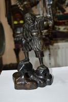 Keleti bronz figura
