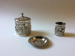 Csodálatos ezüstözött tárgyak egyeben