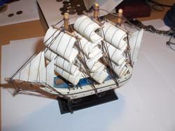 Szép kis vitorlás hajó