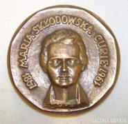 Maria Sklodowska Curie emlékérem