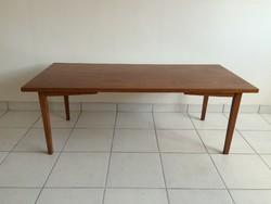 Retro régi nagyméretű asztal 130 cm