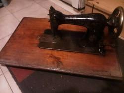 Pfaff retro varrógép eladó