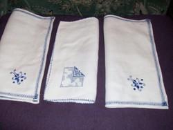 Hímzett textil szalvéta 3 db.