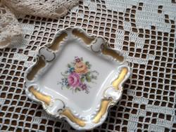 Kiskínáló porcelán, kézzel festett
