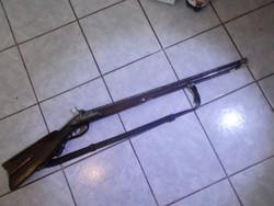 Gyönyörű antik elöltöltős vadászpuska