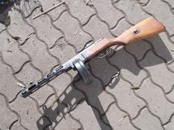 gyönyörű állapotú 1944-es orosz PPS géppisztoly (puska)