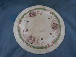 Karácsonyra!Antik Zsolnay edény alátét porcelánból.