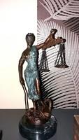 Justitia, az igazság Istennője - bronz szobor 27cm magas