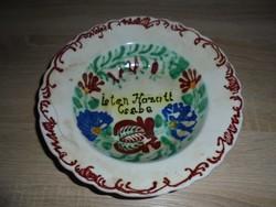 Kézzel festett feliratos fali tányér