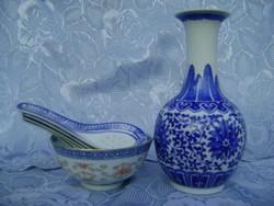 Antik kínai porcelán váza kézzel festett egy kínai porcelán levesestál, 6 kínai porcelán kanállal