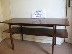 Régi, retro, dohányzó asztal