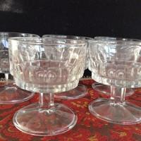 6 db régi üveg likőrös talpas pohár